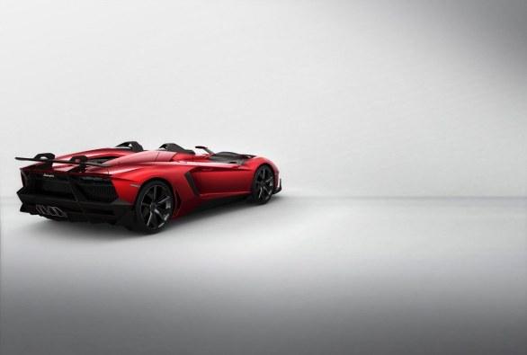 LamborghiniAventadorJ_05