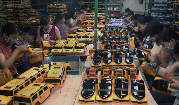most-chinese-migrant-workers-do-not-own-the-products-they-spend-their-lives-making