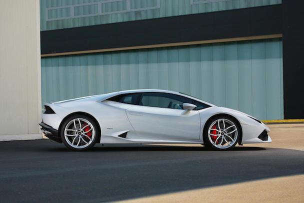 Lamborghini-Huracan-profile