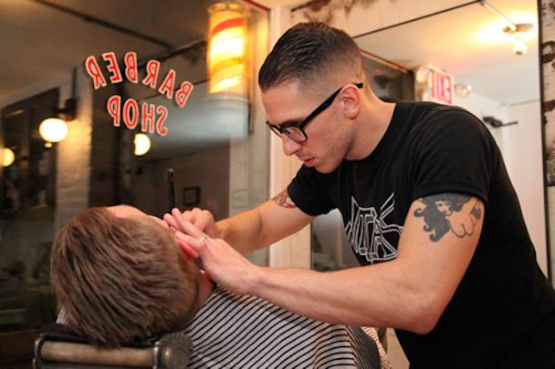 movember-2011-park-bond-blind-barber-event-donate-1