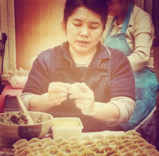stranger-conversations-hong-kong-china-travel-dumplings-dumpling-yuan-jenny-adams-freelance1
