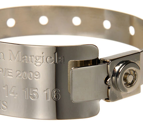 maison-martin-margiela-hospital-bracelet-01