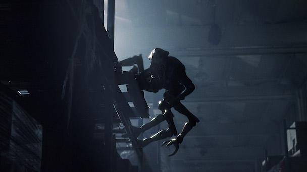 18776_fs_ep100_promo_skitter_climbing_down_cc1