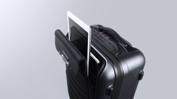 bluesmart-connected-carry-on-1