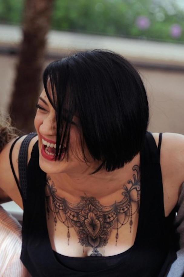asia-argento-tatuaggio-in-primo-piano