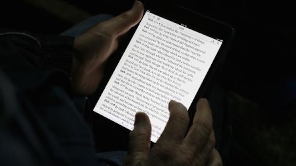 tablet-reading-night