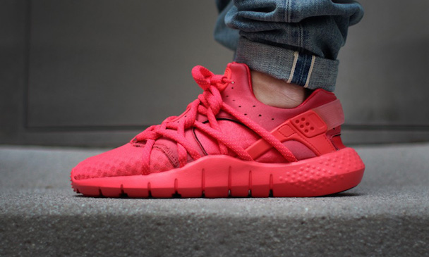 nike-huarache-nm-red-001