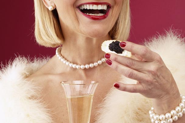 caviar_champagne