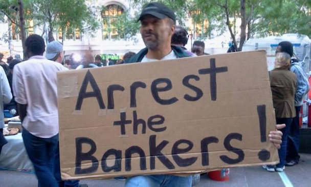 Iceland-arrest-the-bankers-jail