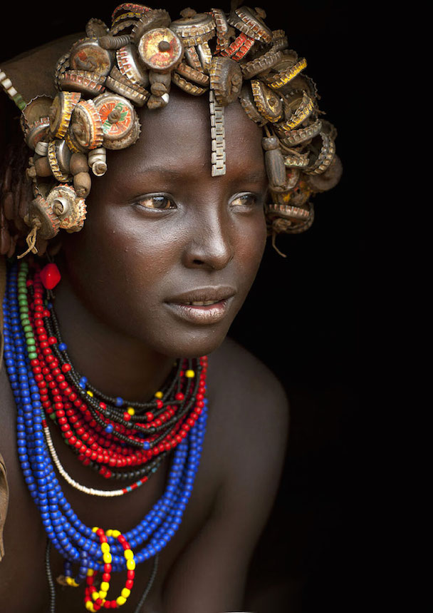 recycled-headwear-trash-jewelry-omo-valley-tribes-ethiopia-eric-lafforgue-19