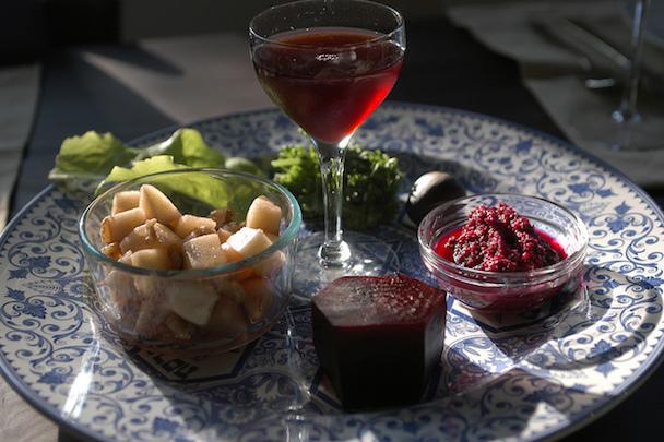 Vegan-Seder-Plate