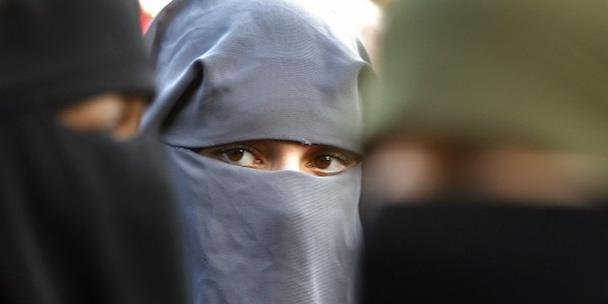 BurqaProtestNetherlandsHP_10