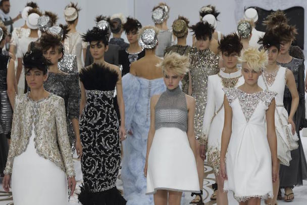 chanel-haute-couture-show-fall-winter-2014-2015