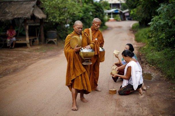 943449_1_1025 Thailand Buddhism_standard